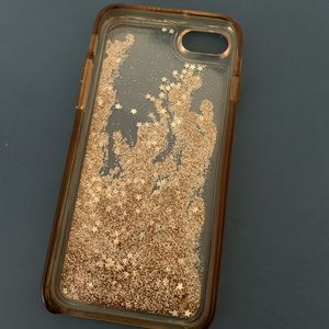 Sparkly, liquid iPhone 6 case